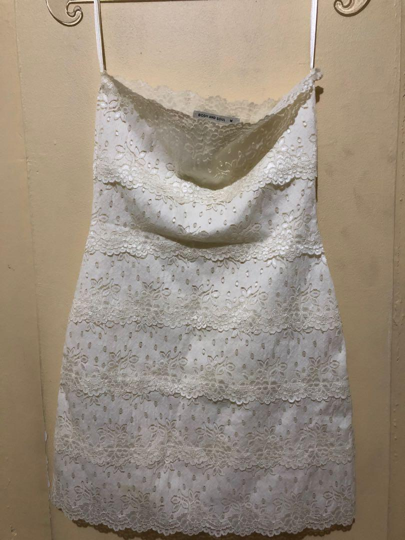 New baru mini lace white dress broken white putih gading renda inner dress