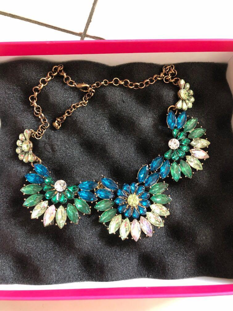 New with box kalung emerald green diamond permata mewah