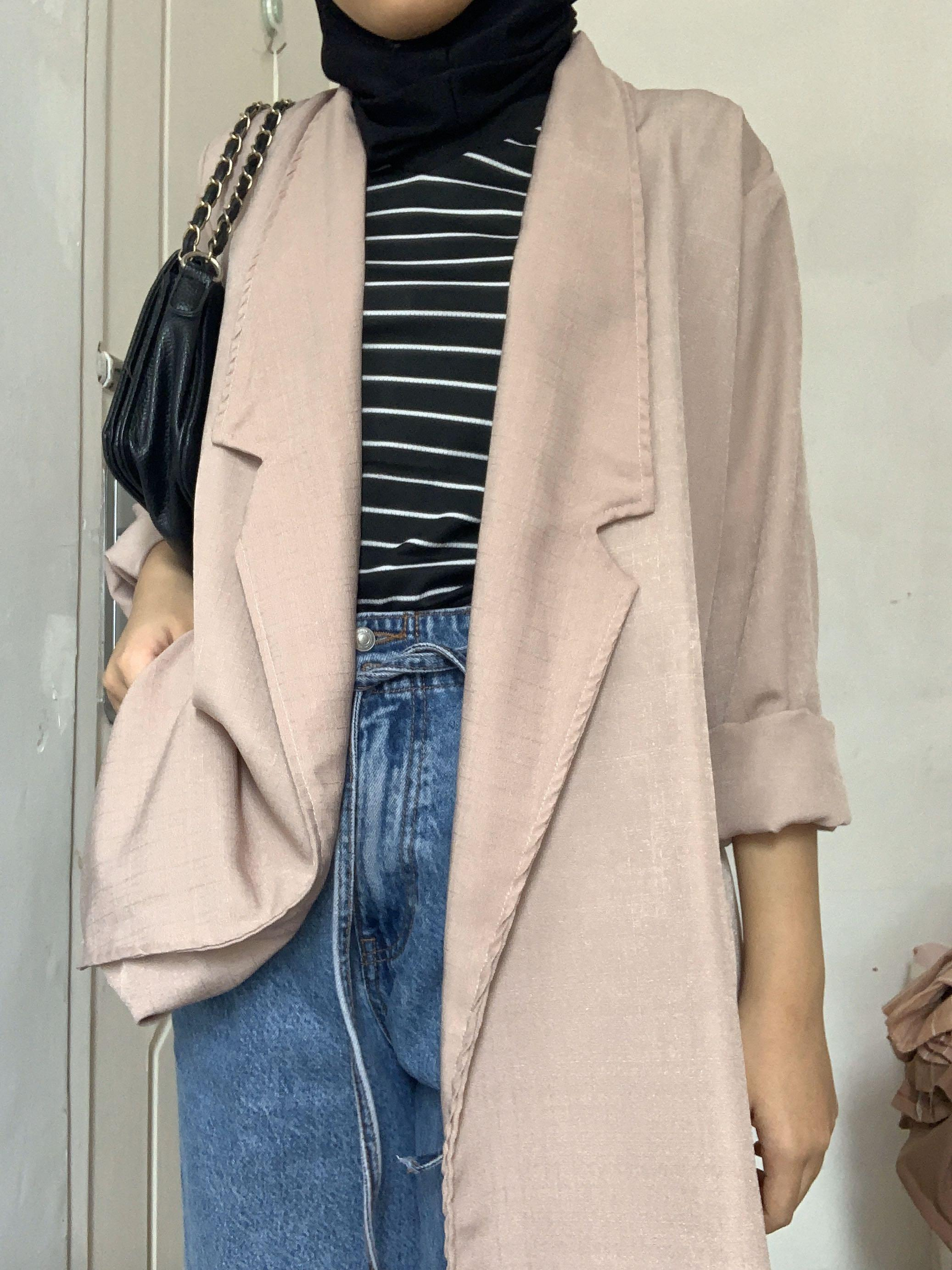 Outer soft pink