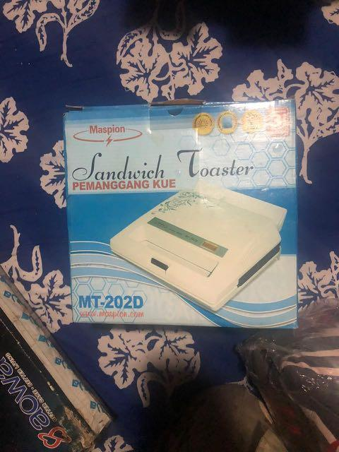 Pemanggang roti TOASTER Like new!