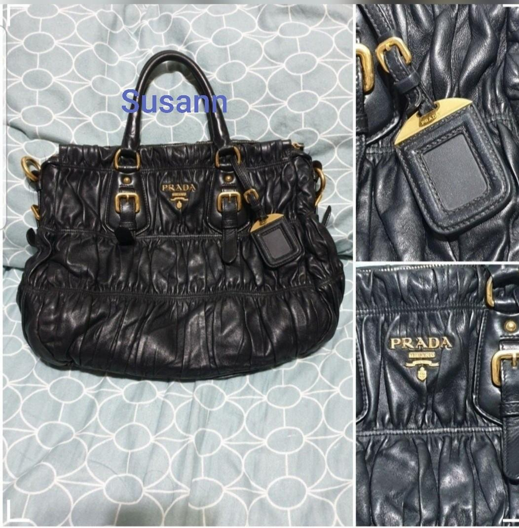 Prada bag nappa gaufre leather Lambskin. black. Authentic.
