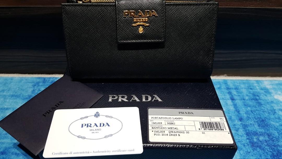 PRADA Portafoglio Lampo Saffiano Metal Wallet Nero