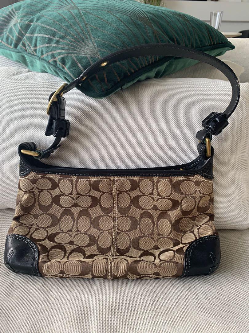 Pre-loved coach handbag