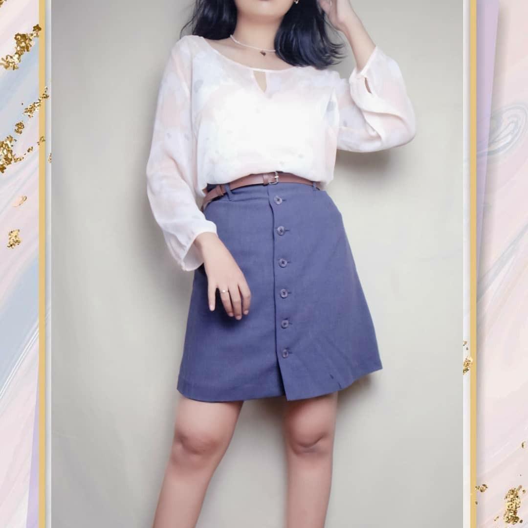 Preloved Thrift Baju Atasan Outer Outerwear Blouse Peach Floral Flower Sheer Motif Cewek Wanita Murah Vintage Korea Retro Bohemian Boho Summer Tropical Casual Formal