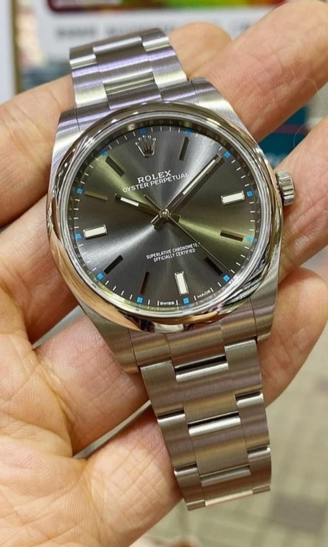 Rolex Oyster Perpetual 39 (114300) - Rhodium