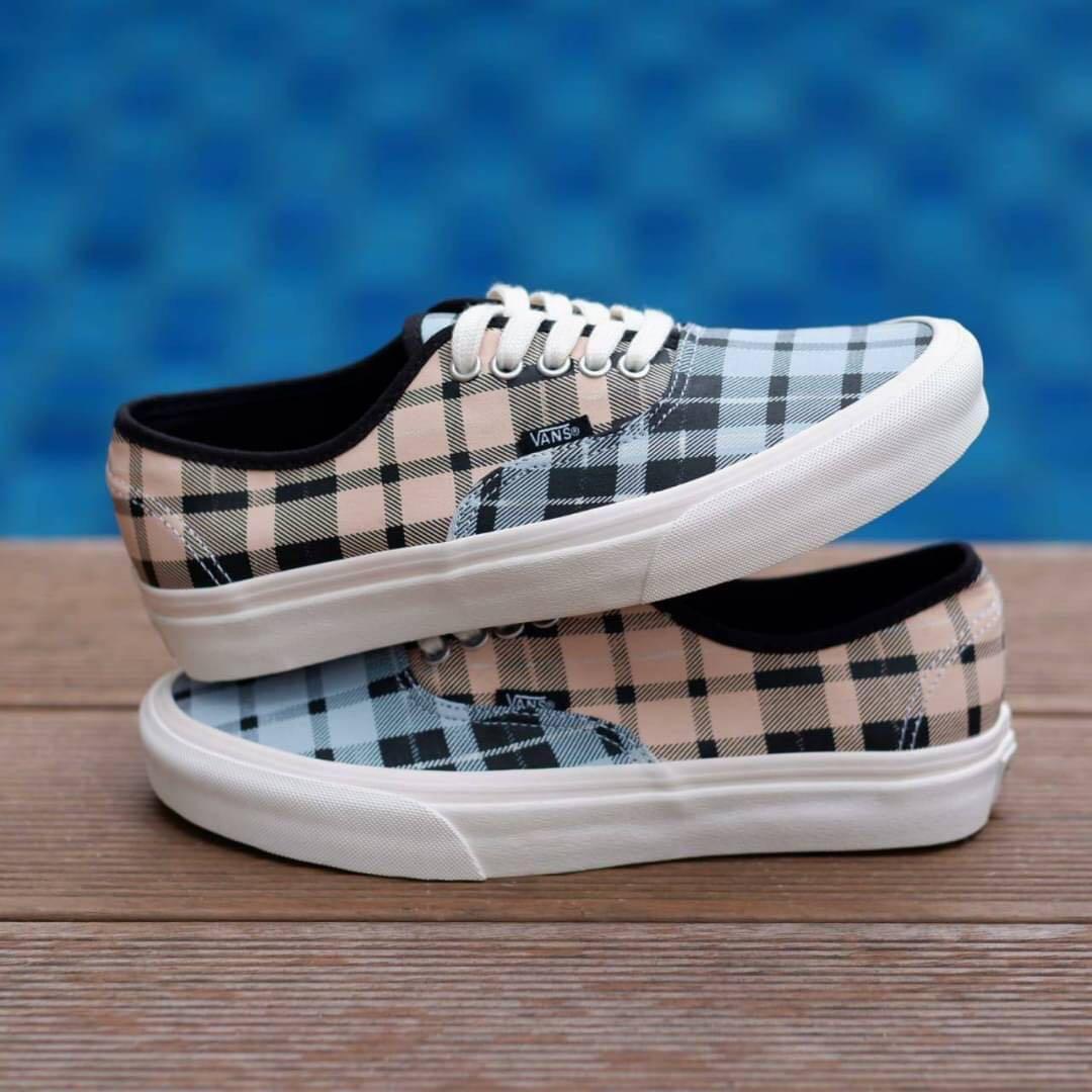 Sepatu Vans Authentic Plaid Mix