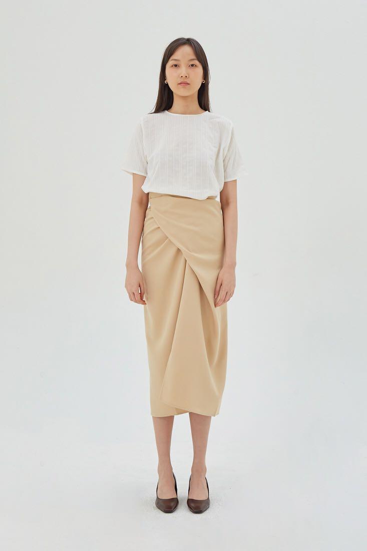 Shopatvelvet twisted Skirt beige