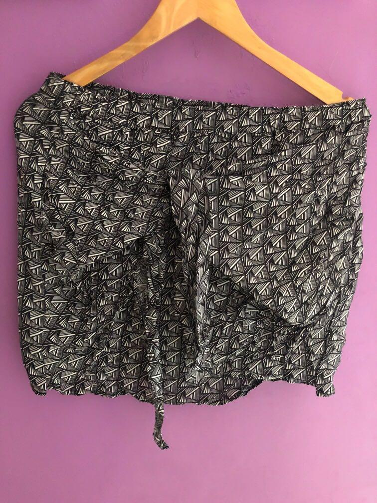 Skirt by nafnaf
