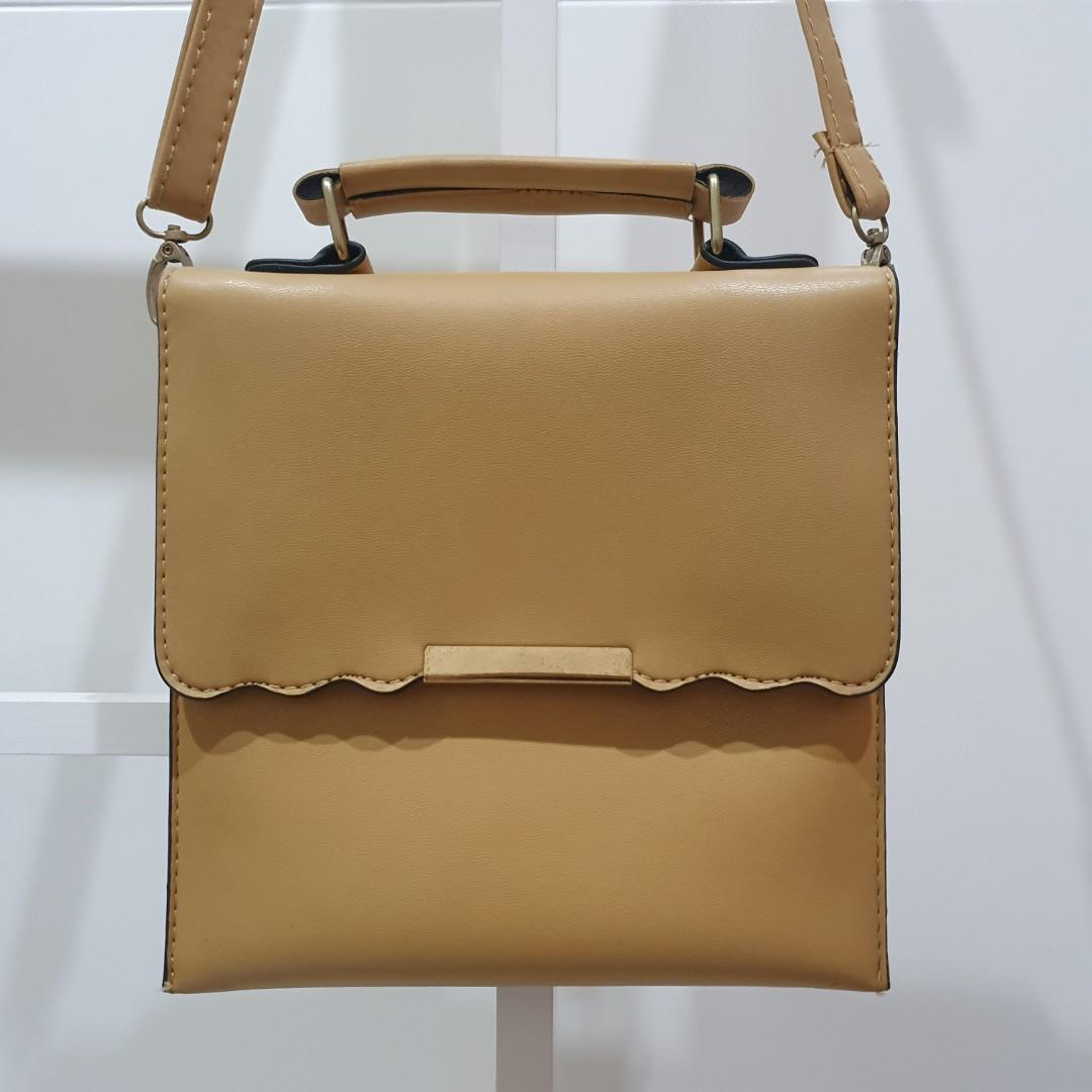 Sling Bag Nude