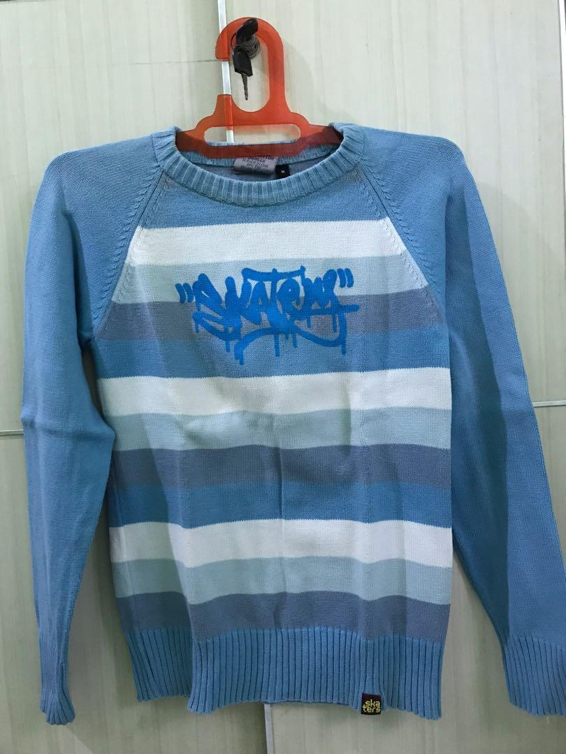 Sweater distro