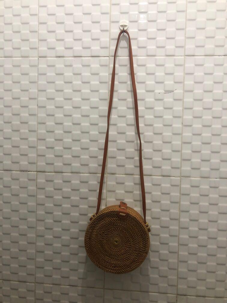 Tas Rotan Bali Round Rattan Bag 20cm NEVER USED