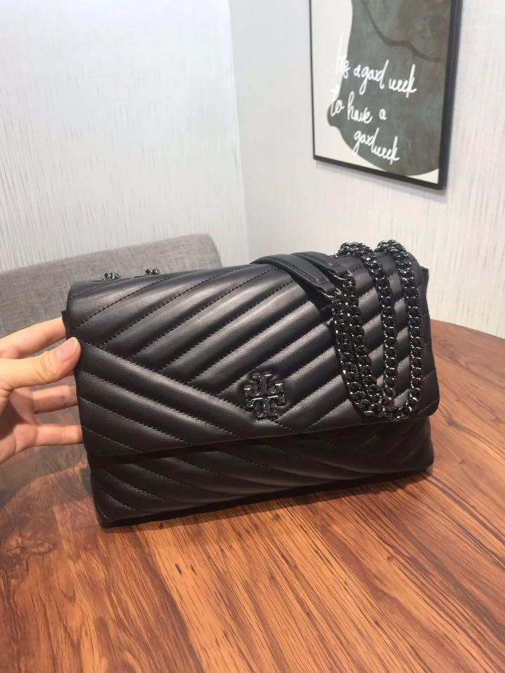 Tory Burch Matt black Kira slingbag handbag shoulderbag