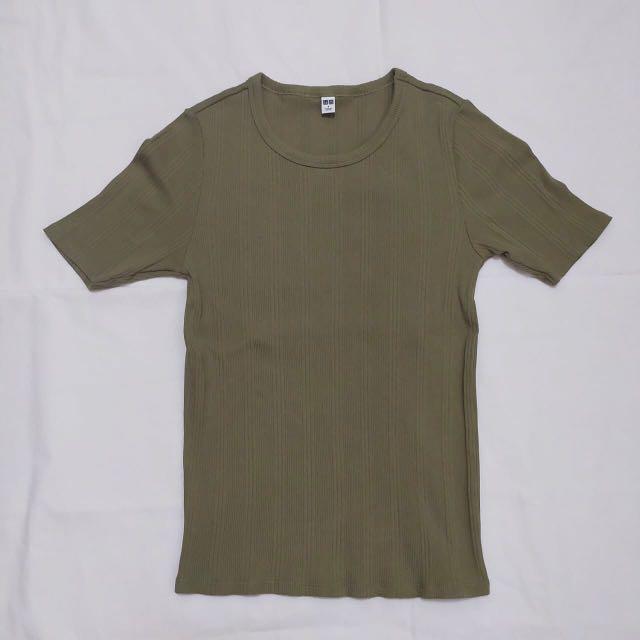 Uniqlo Army T-Shirt