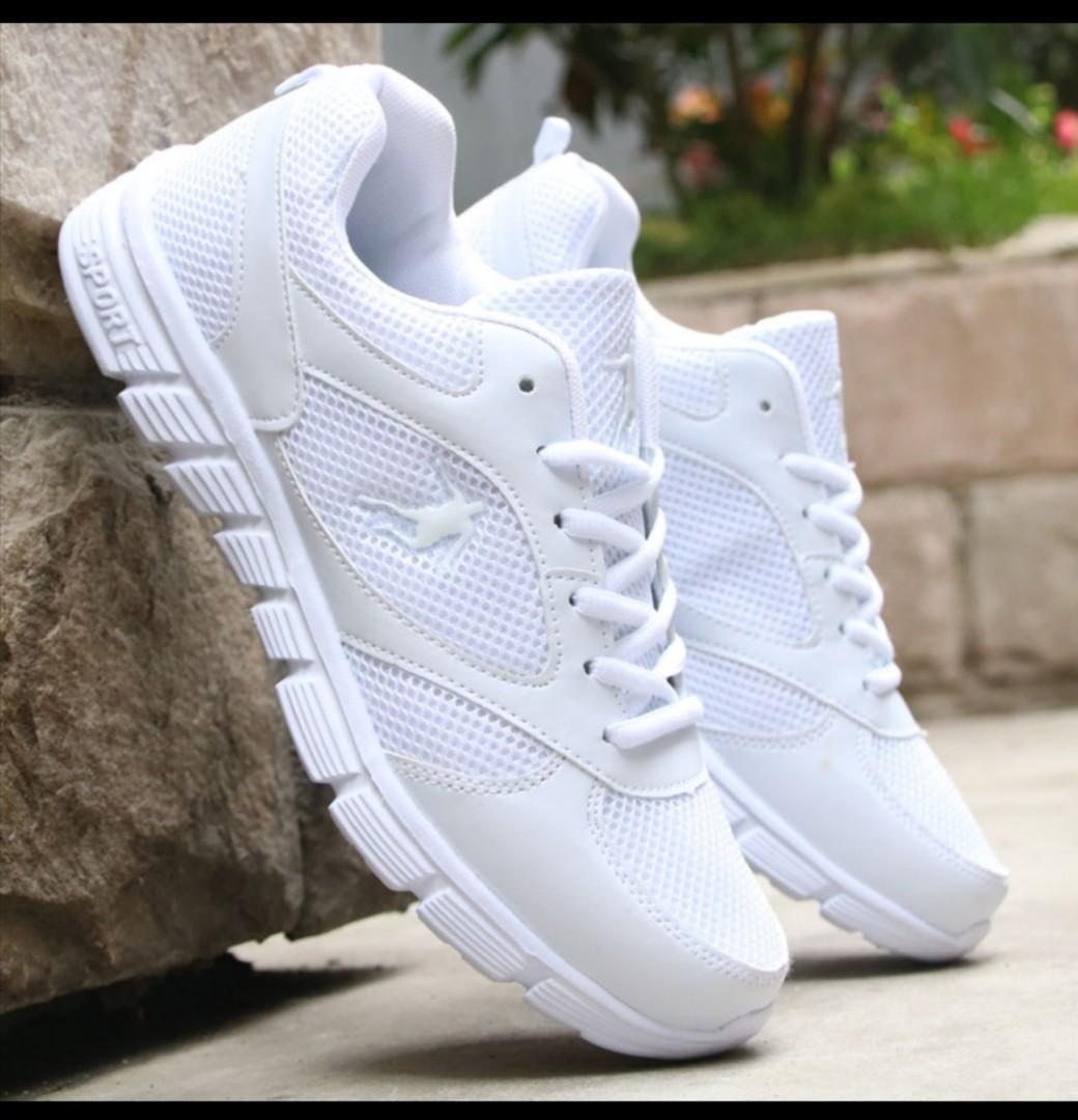 Unisex white shoes