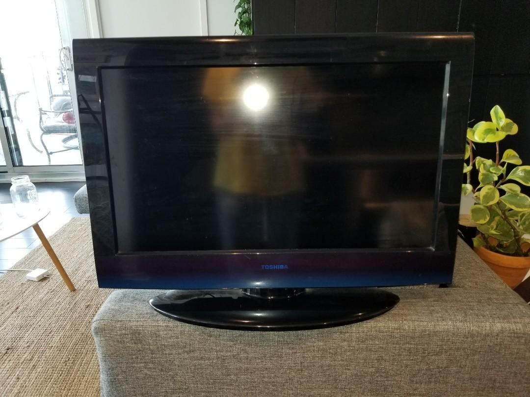 "Toshiba 26"" 720p HD TV"