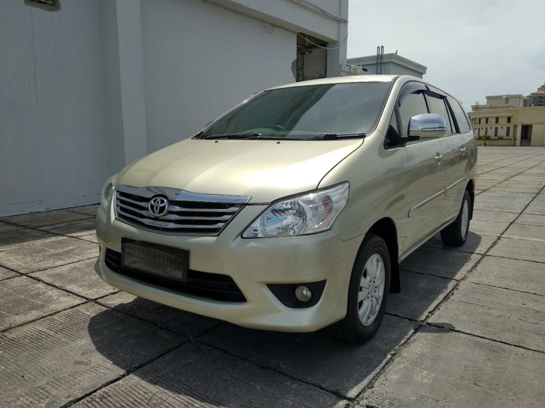 Toyota Innova G 2.0 MT bensin 2013 angs 1.9