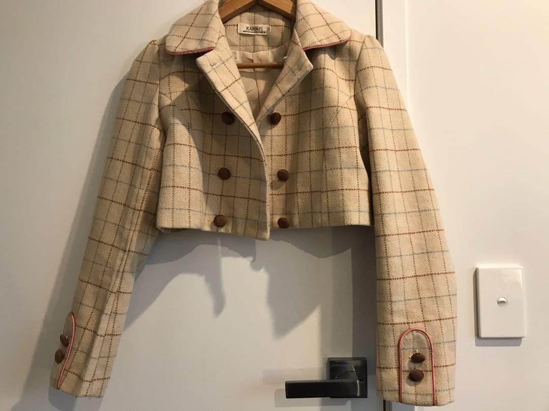 Vintage inspired cropped jacket