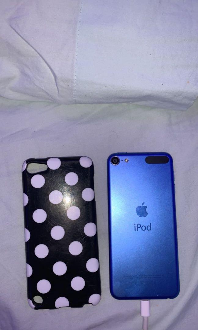 Blue IPod 6 (with case)