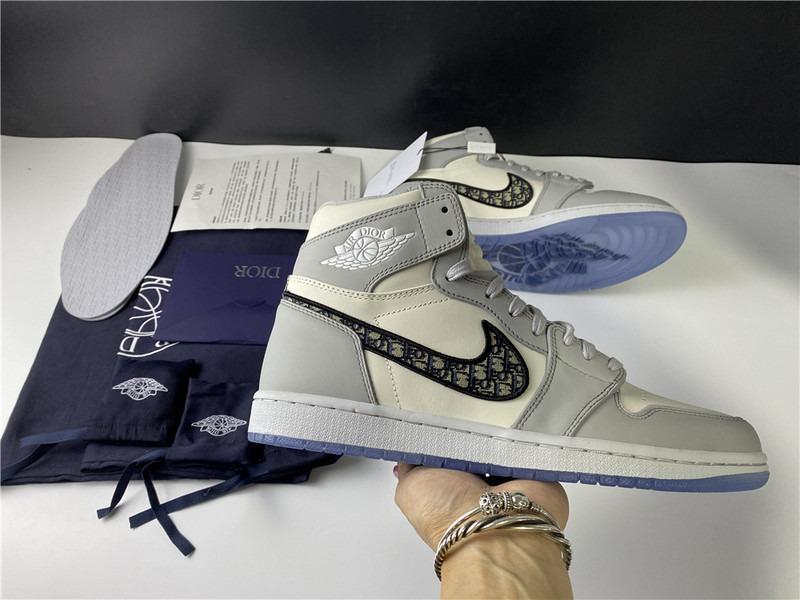 Dior x Air Jordan 1 High SP Basketball Shoes Air Dior 3SH130ZDD V00846H160 Made In Italy Men Size Eu40-47.5 US7-13