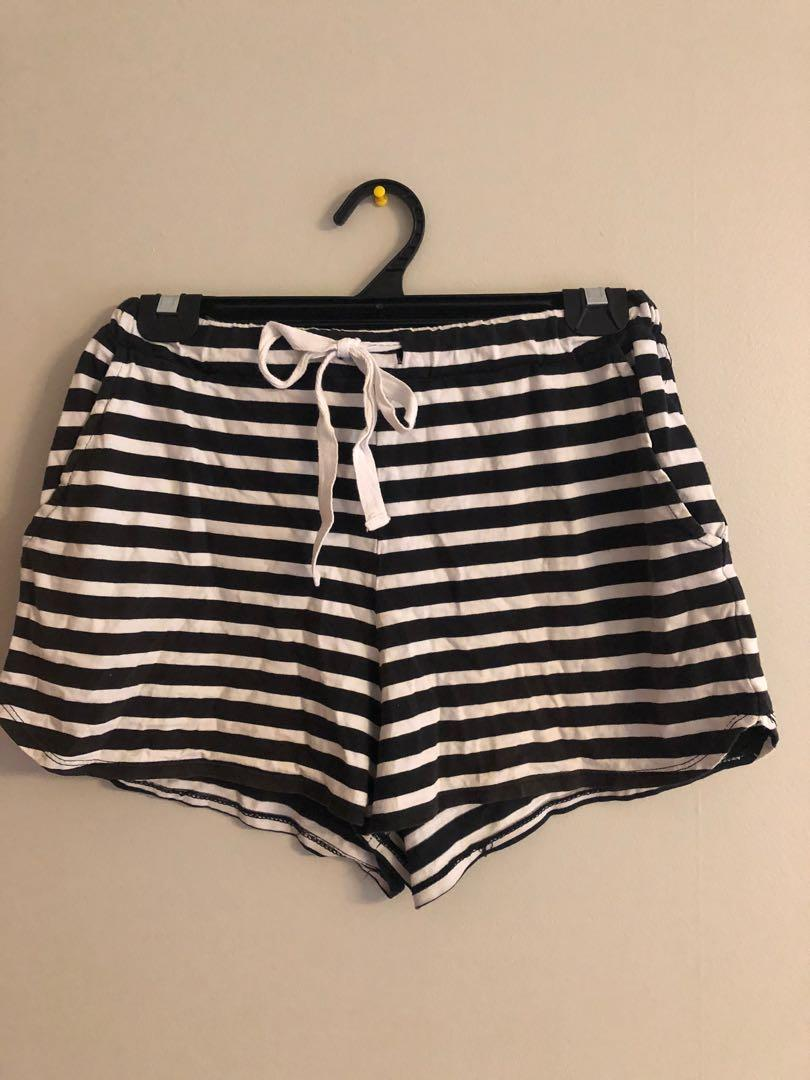 Glassons striped shorts