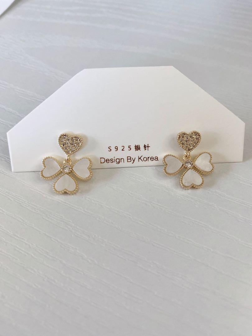 Heart four leaf clover earring