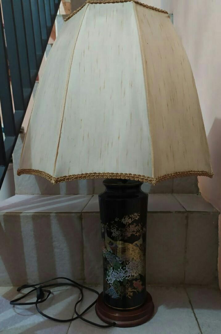 Lampu  keramik jadul