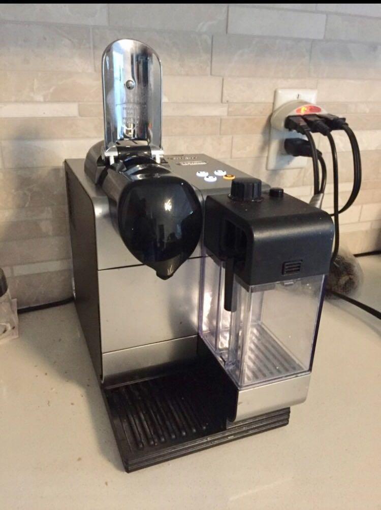 Nespresso  Lattissima - barely used