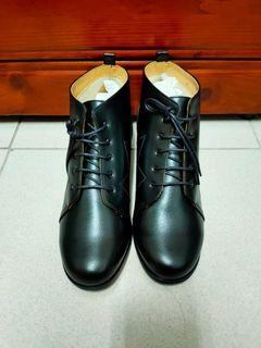 鞋子24号全新
