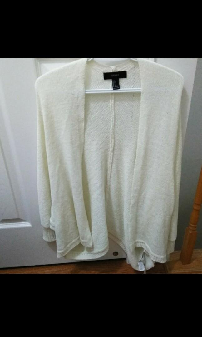 Forever 21 ivory knitted cardigan small