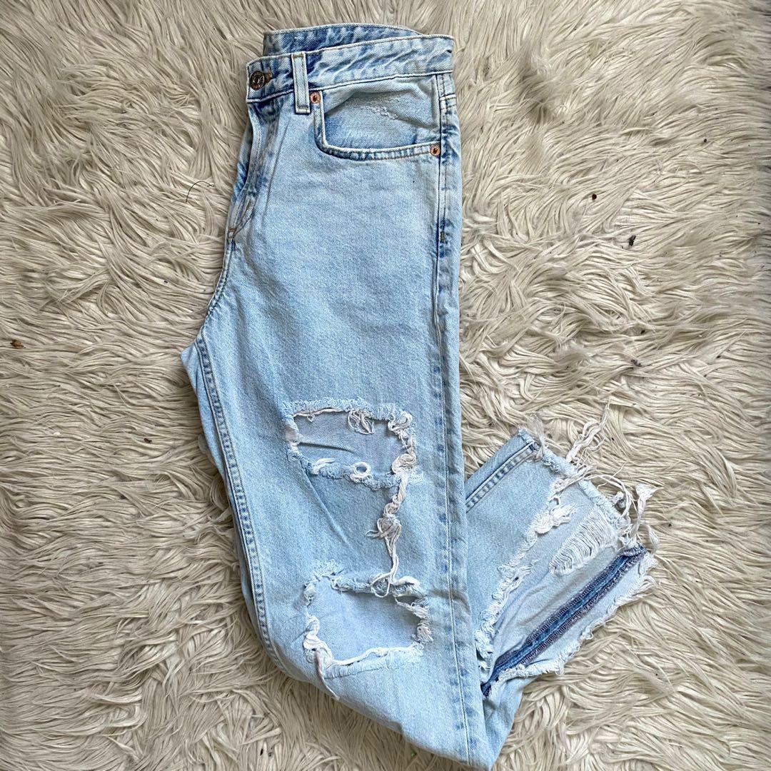 H&M HIGH WAISTED JEANS