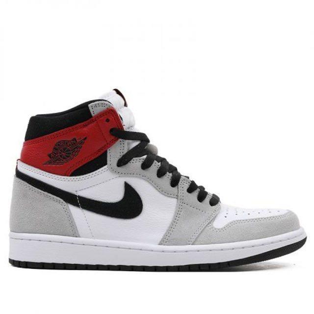 Nike Air Jordan 1 Retro High OG Smoke