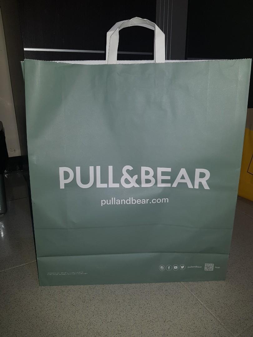 Pull & bear paperbag Large
