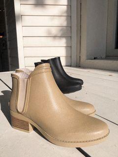 雨鞋 防水時尚穿搭舒適 手工環保橡膠製 卡其色