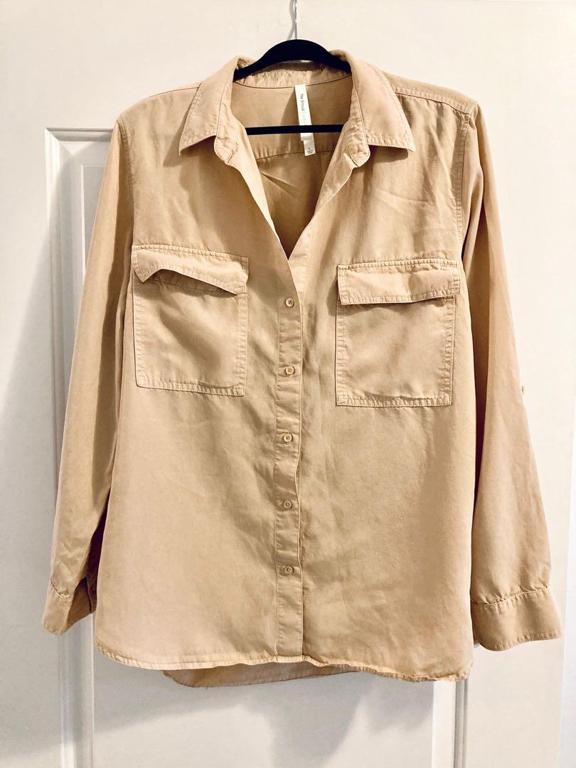 Aritzia Babaton utility button-up in Sand Bluff - size L