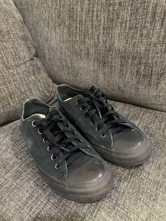 Sepatu Converse All Black Original 100%