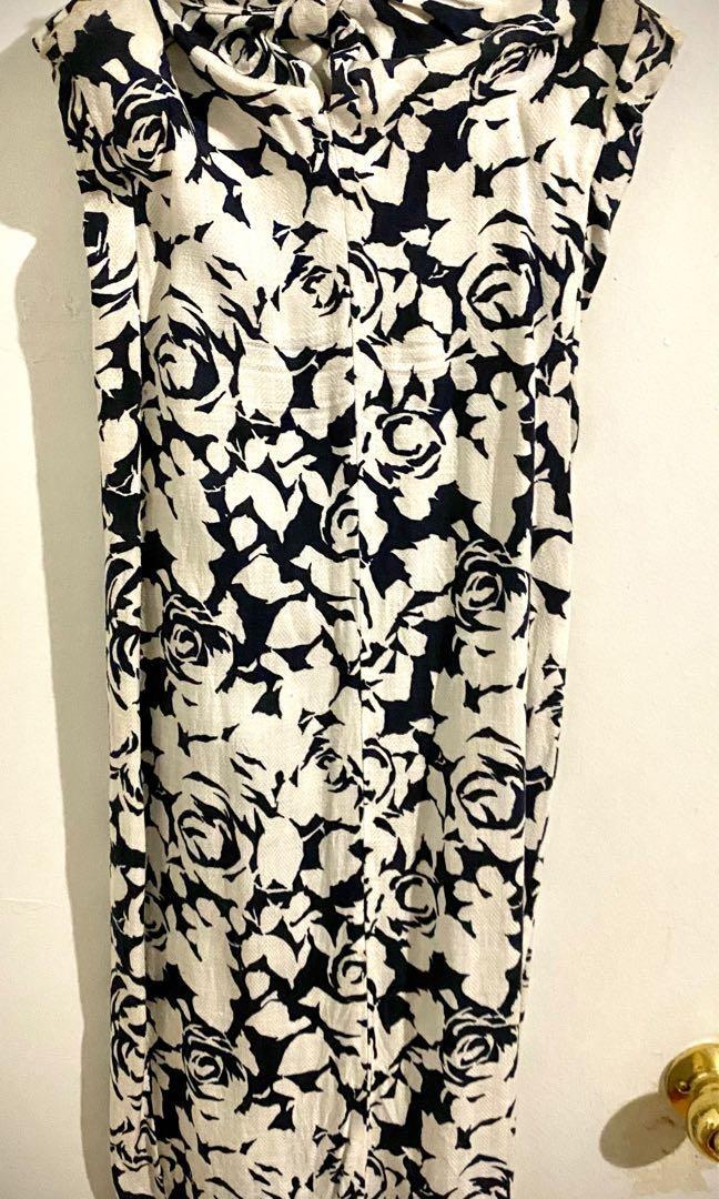 Strapless navy rose dress