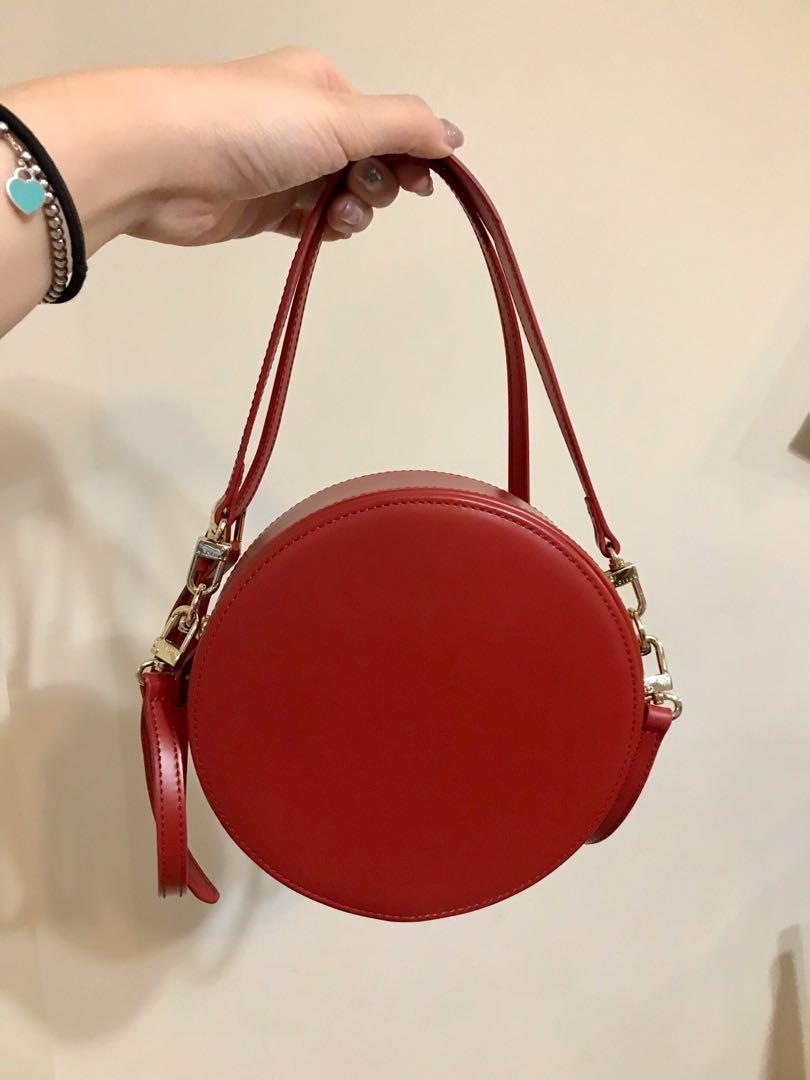 Super cute vintage red handbag/purse