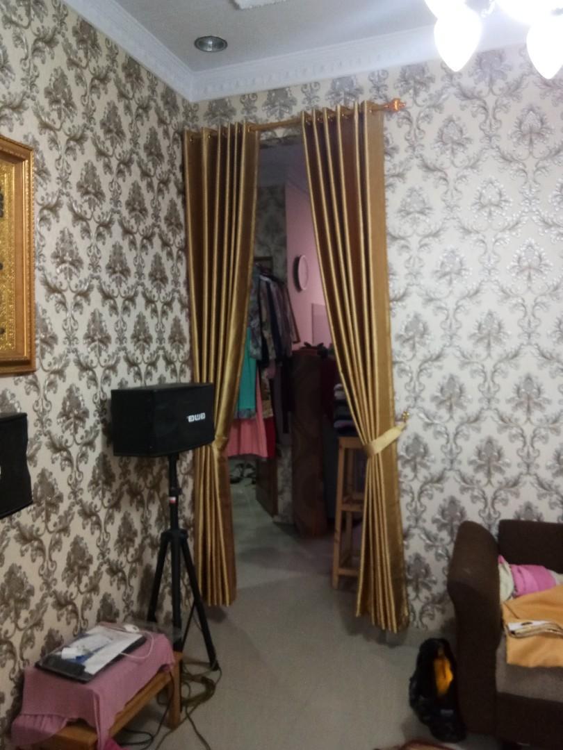 wallpaper vinly harga/roll 185,rb