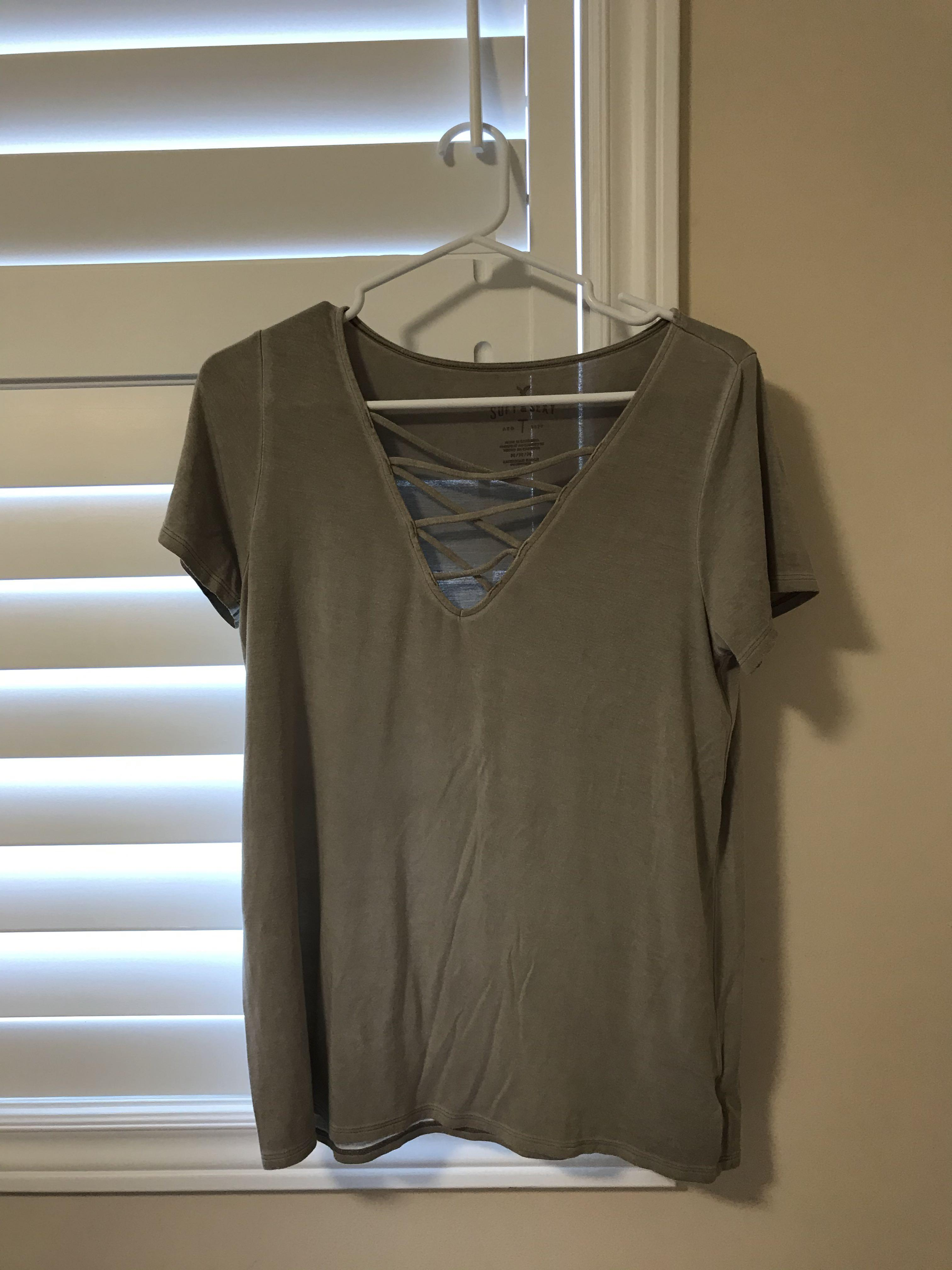 American eagle soft and sexy cross-cross v neck
