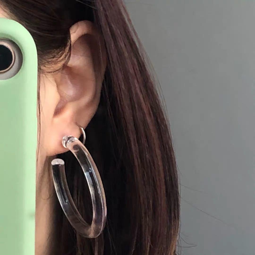 Brand new Clear ⭕️ earrings