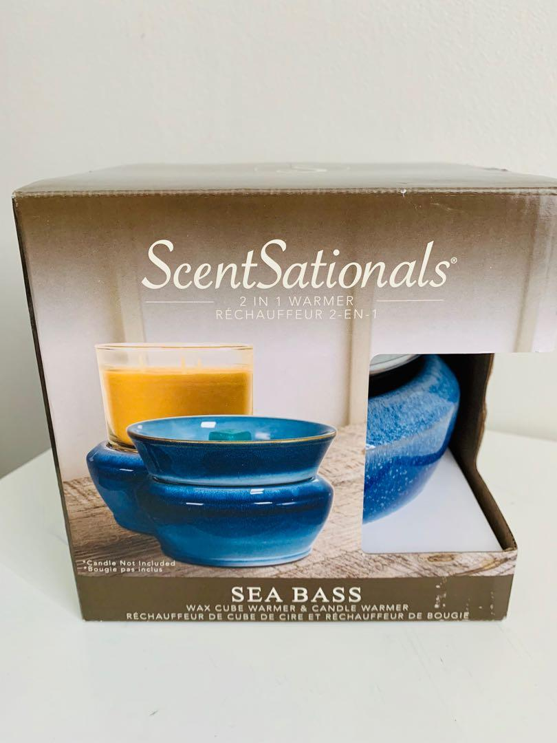 Brand new ScentSationals 2 in 1 warmer with 2 scented wax cubes packs