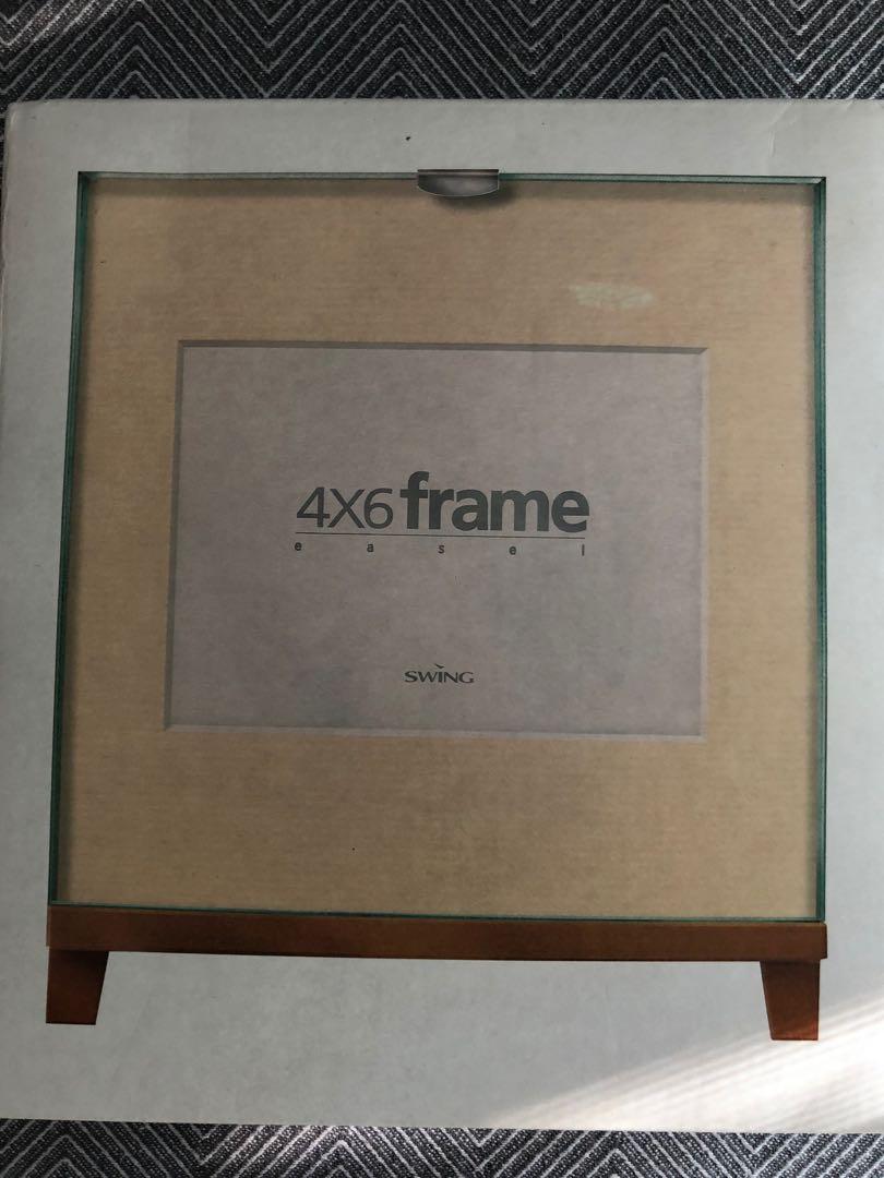 Frame Easel Set