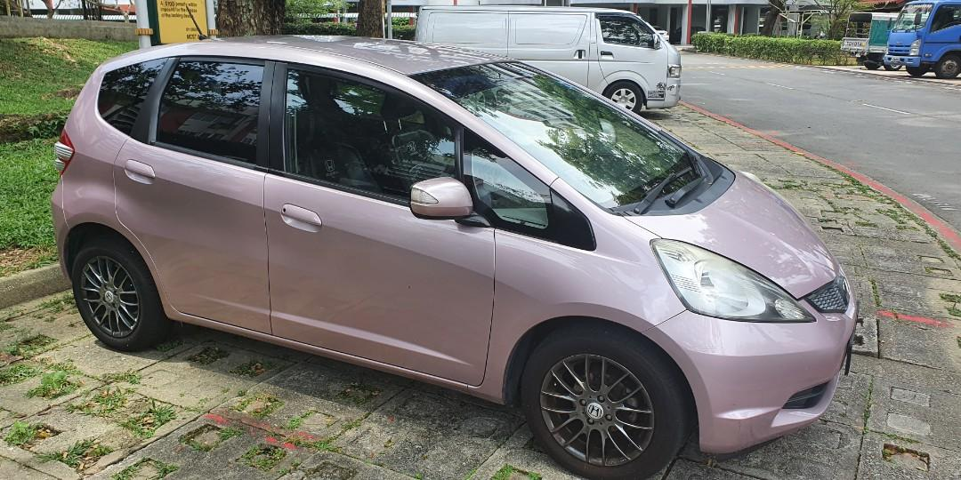 Honda fit for rent. Low deposit. PHV ready