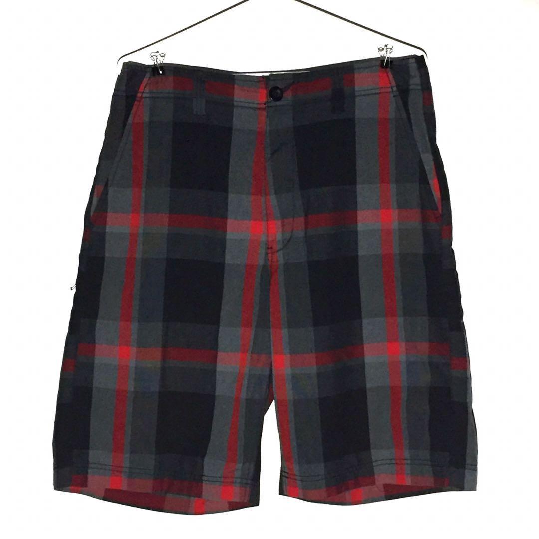 Men's Red Black Plaid Shorts Size 32