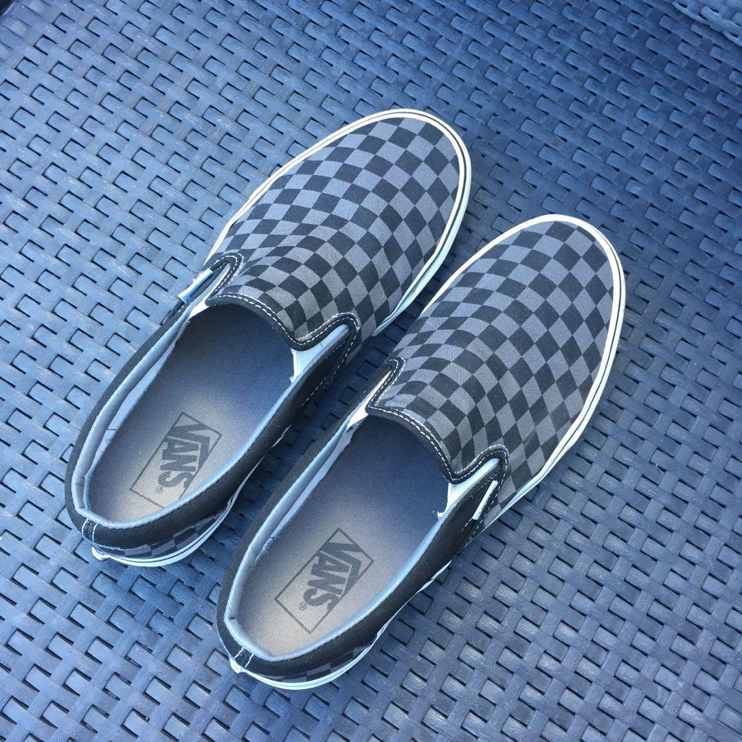 Men's Vans Gray Checkerboard Slip On Shoes Size 10.5