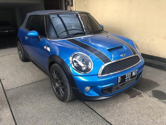 Mini cooper cabrio 2011