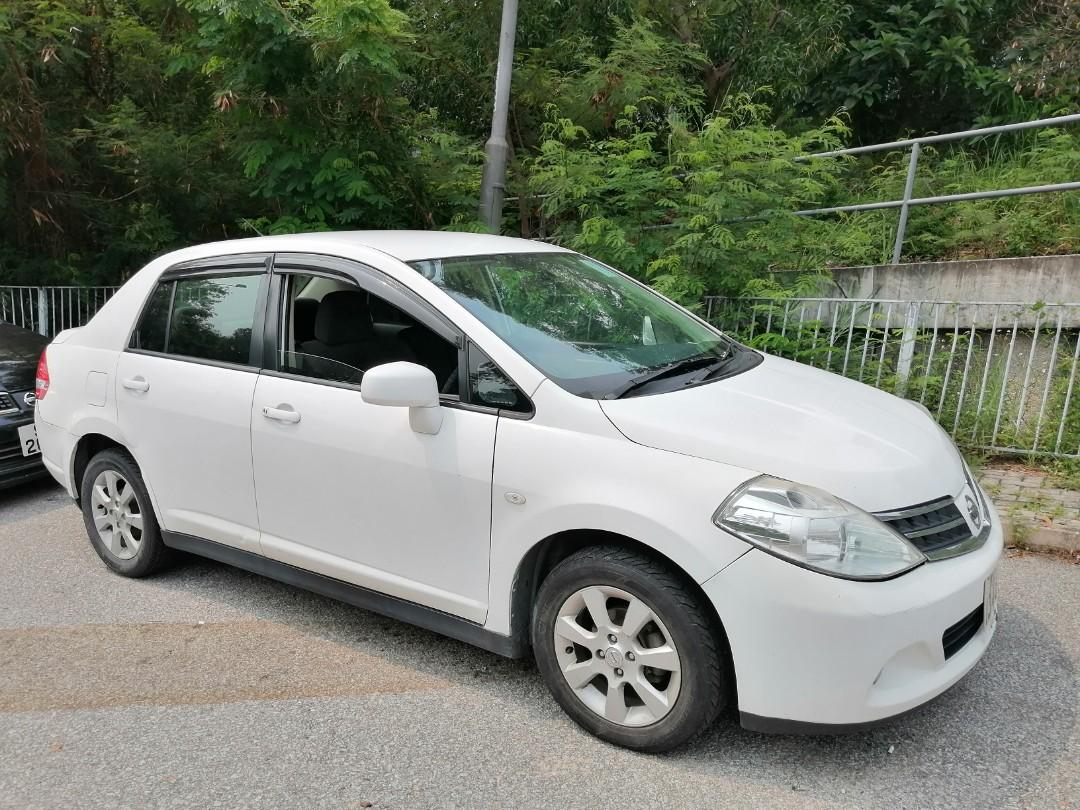 Nissan tiida 2011 Auto