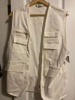 Simons (Twik) White utility vest - New with Tags (size one fits all)
