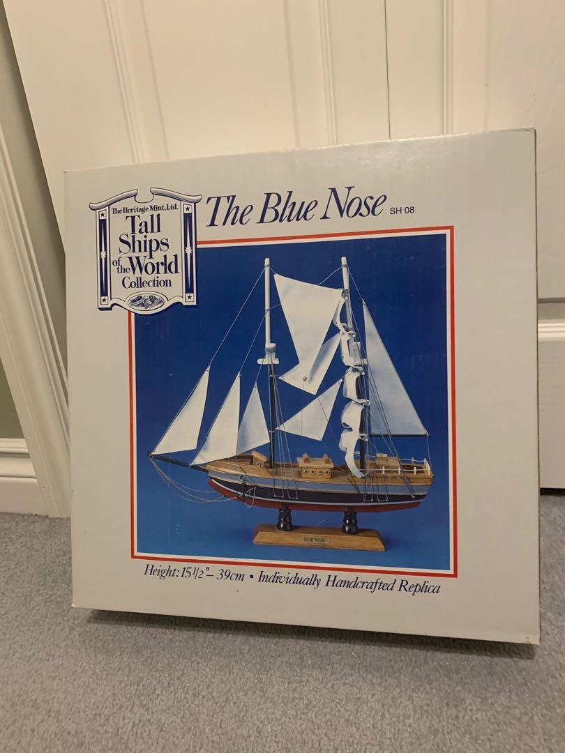 'The Blue Nose' Model Ship (Heritage Mint Ltd.)