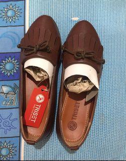 TRISET Sepatu Wanita Coklat (bandung free ongkir)